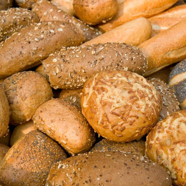 Ruim assortiment verse harde broodjes