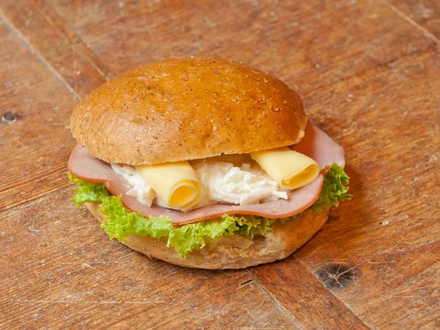 Broodje selderie 2,95 euro